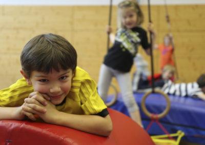 Freie Spielzeit ist für die Kinder auch wichtig.