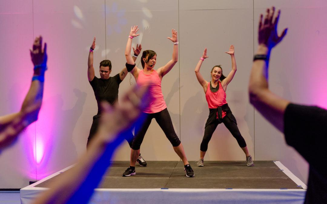 Mit dem Flashmob durch die Fitnessnacht