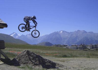Downhill-Rennen in Alpe d'Hueze