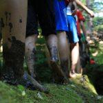 25 Kinder starten mit dem Waldlager und neuen Abenteuern in die Ferien.