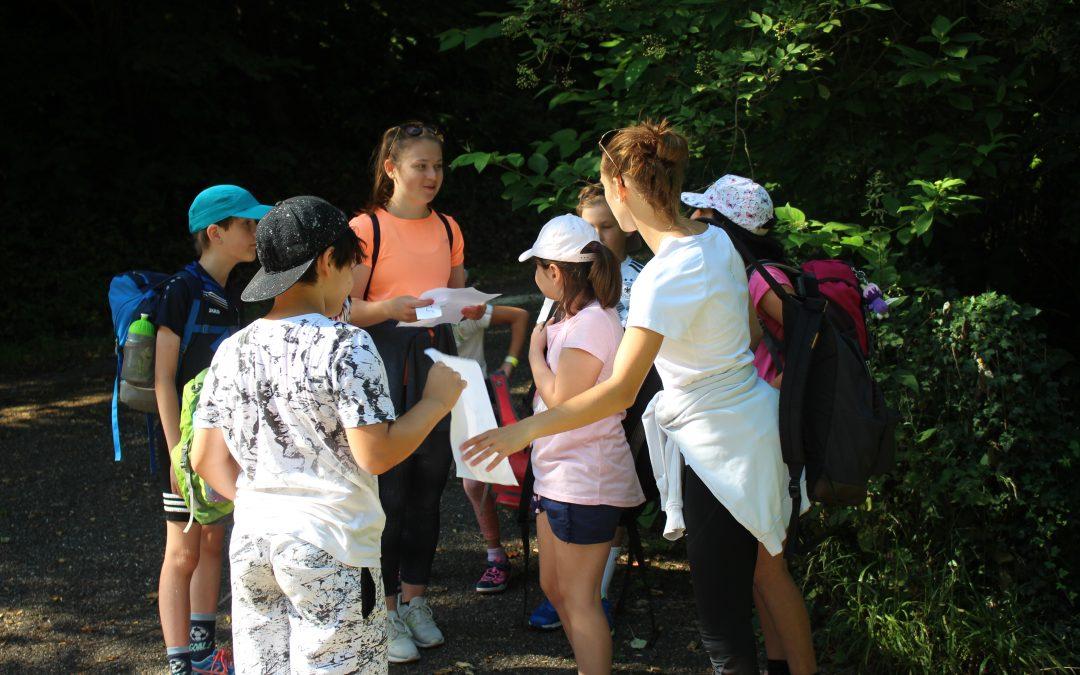 Von Kinderlachen, Sonnenschein und Sport in Kleingruppen